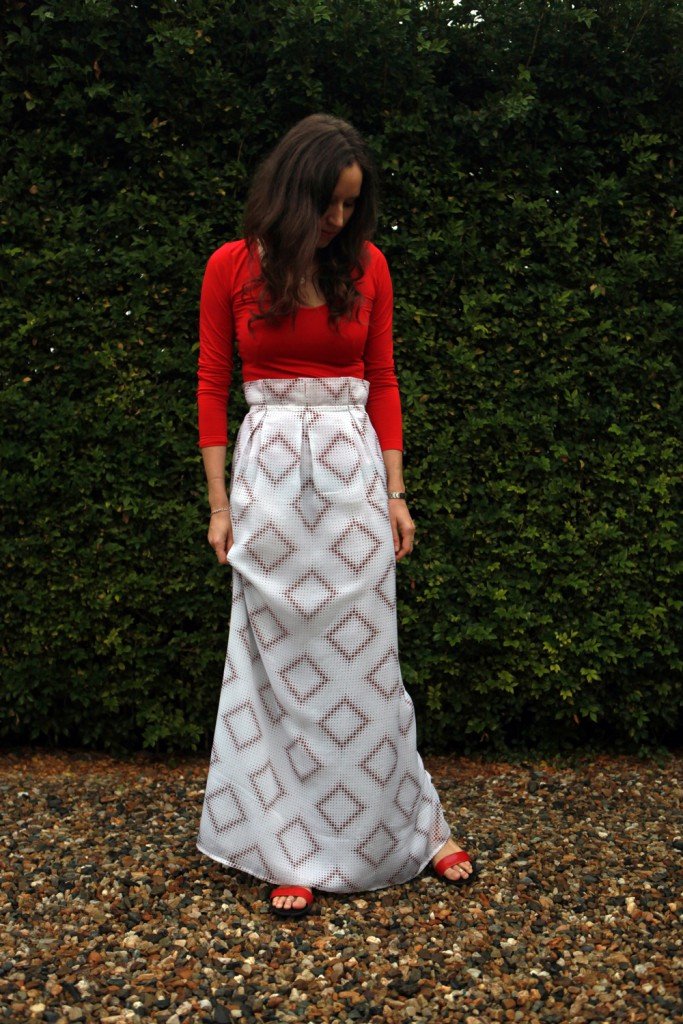 Handmade-white-and-brown-skirt--front
